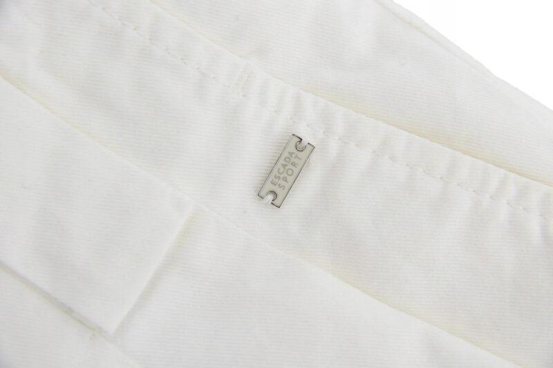 spodnie ESCADA z firmowym emblematem